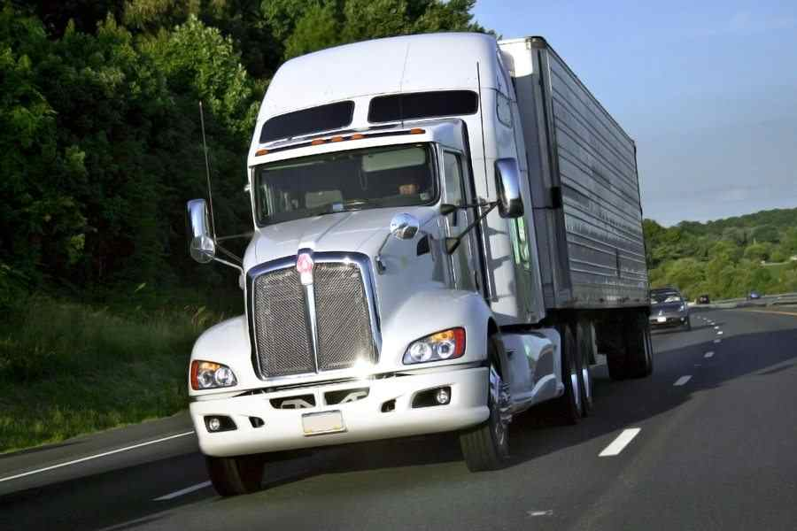 How To Get A Heavy Truck Loan: Tips From A Professional
